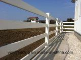 Belüftung-Schienen-Zaun