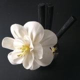 ハンドメイドによるリード拡散器のための一般に佐倉Solaの花