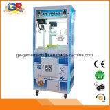 De Klauw van de Automaat van de Arcade van het Spel van de Kraan van het Stuk speelgoed van het suikergoed