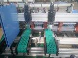Duas caixas da caixa das partes que dobram e que colam a máquina