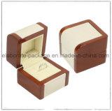 Cadre de bijou en bois laqué noir à haute brillance de luxe fait sur commande de boucle