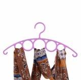 Kleren die Type en de Multifunctionele Hanger van de Sjaal van de Stijl kleden
