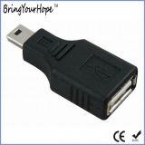 USB un maschio al mini adattatore della femmina del USB