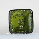 オリーブ油のための深緑色およびブラウンの正方形のガラスビン