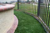 Hierba de césped artificial anti-UV para jardín