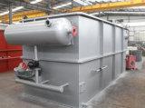 Macchina dissolta di flottazione dell'aria (DAF) utilizzata nel trattamento di acqua di scarico oleoso