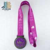 Il pezzo fuso su ordinazione della lega incide la medaglia Bronze di judo del metallo con la cavità