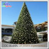 Albero di Natale di vetro illuminato artificiale gigante esterno commerciale di motivo LED della decorazione della visualizzazione con la sfera