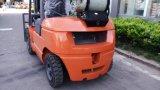 L'environnement 3tonne chariot élévateur à fourche avec Nissan moteur GPL.