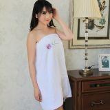 アジアの市場のための低価格のローズの刺繍の浴室タオル