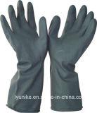 Резиновые перчатки из латекса черного цвета в отрасли