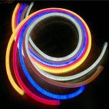 ネオンストリップ3年の保証4.8W極度の高い防水LEDの屈曲の