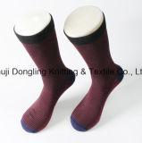 Calzini su ordinazione degli uomini di fabbricazione del calzino - calzino divertente del vestito per l'uomo
