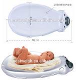Función populares de música digital que pesa la escala del cuerpo del bebé