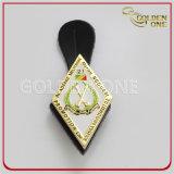 Kundenspezifisches Goldmetalldecklack-Sicherheits-Abzeichen mit ledernem Schutzträger