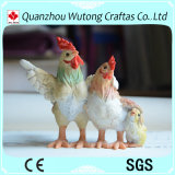 創造的なデザインクリスマスのプレゼントのための美しい樹脂の鶏の置物