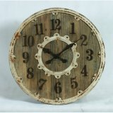 ホーム装飾のぼろぼろシックなアクセントの木の円の柱時計