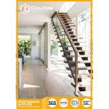 Höhen-Qualitätshölzerner gerader Treppenhaus-Entwurf für Innen