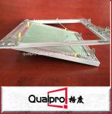 De industriële revisie van de plafonddecoratie klapt toegangsdeur AP7752