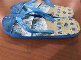 I pistoni leggeri di EVA di flip-flop della spiaggia delle donne comerciano con la cinghia del PVC