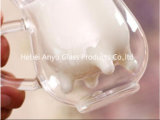 牛形の倍の壁のガラスマグ8ozの乳白ガラスのコップ