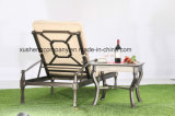 慰めの標準的な鋳造アルミのChaiseのラウンジの屋外のソファーの家具