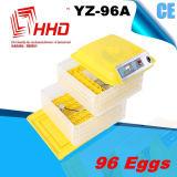 Incubateur marqué d'oeufs de poulet de la CE pour hacher 96 oeufs (YZ-96A)