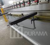 Máquina de dobra hidráulica de Durama com o controlador do CNC da linha central de Estun E200p dois