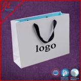 El lustre blanco laminó euros del regalo modificó el bolso de compras para requisitos particulares de papel amarillo con la maneta