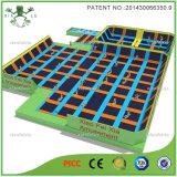 Grande Trampoline do PVC de Commrcial para adultos com cubos de Faom
