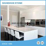 De zuivere Witte Kunstmatige Lijst van de Keuken van de Steen van het Kwarts voor Bovenkant