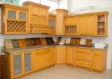 米国式の自然なかえでカラー食器棚