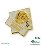 Preiswertes kundenspezifisches Verpacken-Konkurrenz-Golddecklack-Abzeichen