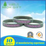 Regalos promocionales personalizados pulsera de silicona grabadas para el comercio al por mayor