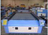 Лазерная гравировка на поверхности машины для резки акрил ПВХ