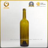 Запечатывание пробочки верхнее и бутылка стекла материальная красного вина (1032)