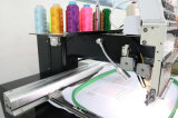 High Speed ​​Computerized Tubular Een Head Embroidery Machine met Touch Screen voor Cap / Garment / T-Shit Compact Embroidery