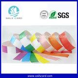 De kleurrijke Manchetten van Tyvek van het Document van de Partij van Kerstmis op Levering voor doorverkoop