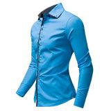 Chemise de robe de coton de bleu de ciel pour les hommes (A446)