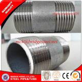 Hilo largo negro y el tubo de acero al carbono galvanizado pezones