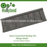 Le mattonelle di tetto d'acciaio con i chip di pietra hanno ricoperto (mattonelle dell'assicella)