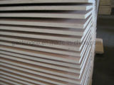 2,5 mm 2,2 mm 18mm BB/CC de grado de muebles de madera contrachapada de núcleo Álamo