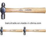 Martello della sfera con la maniglia di legno