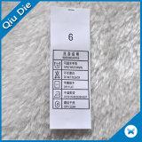 Escrituras de la etiqueta de instrucciones que se lavan para los símbolos que se lavan en la ropa