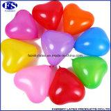 製造された多色刷りのハート形の気球中国
