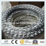 最上質の電流を通されたかみそりの有刺鉄線の刃の有刺鉄線
