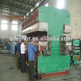 機械にゴム製踏面の鋳造物出版物をする熱い販売のPrecureの踏面の加硫の出版物/タイヤの踏面