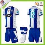 2017 Nouveau maillot de football en vrac et nouveaux chemises de football OEM avec maillot de football Sublimation