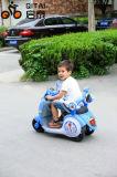 Езда Bike электрического двигателя младенца на автомобиле