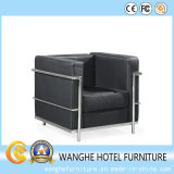 金属フレームが付いている居間の家具のホテルのレセプションの革ソファー